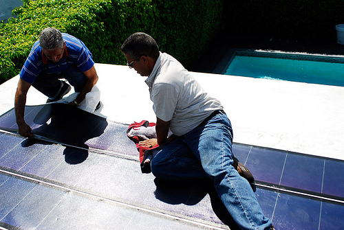 installing thin film solar panels